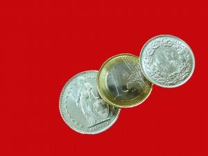 swiss-francs-1548184_1920